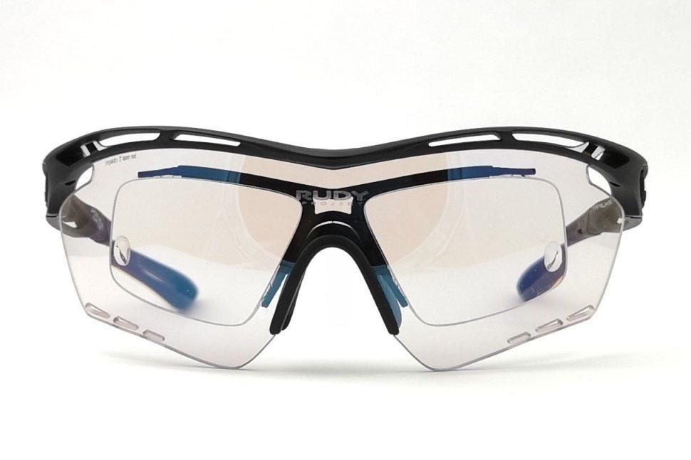 Športové okuliare