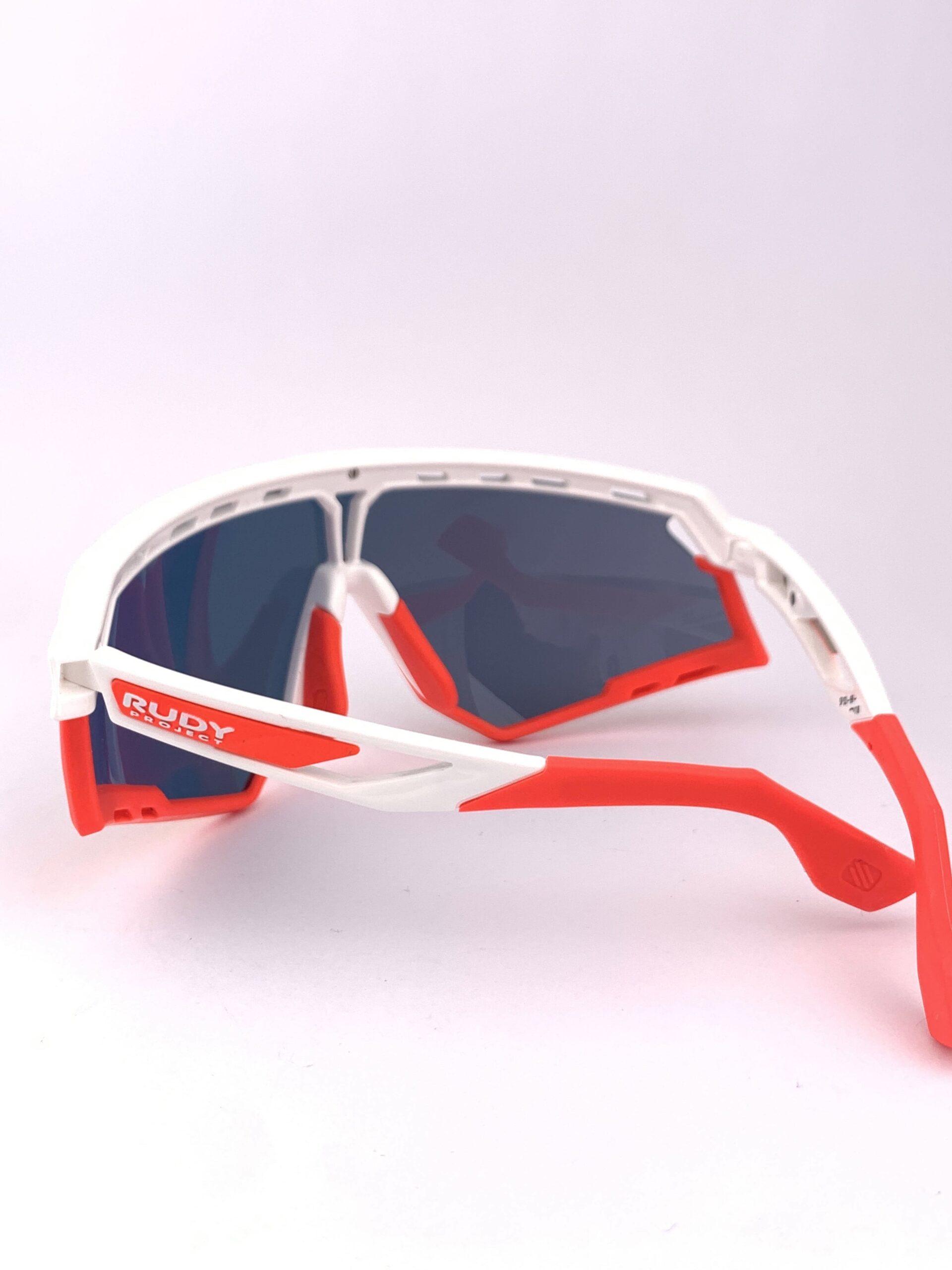 Cyklistické okuliare Defender červené zozadu